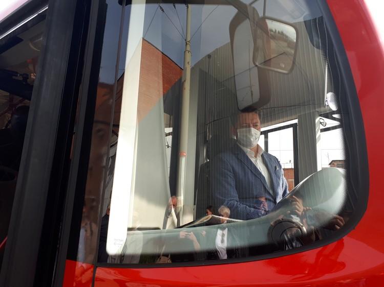 Глава Ижевска Олег Бекмеметьев оценил трамвай