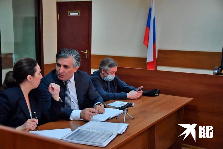 Ефремов хотел сменить адвоката