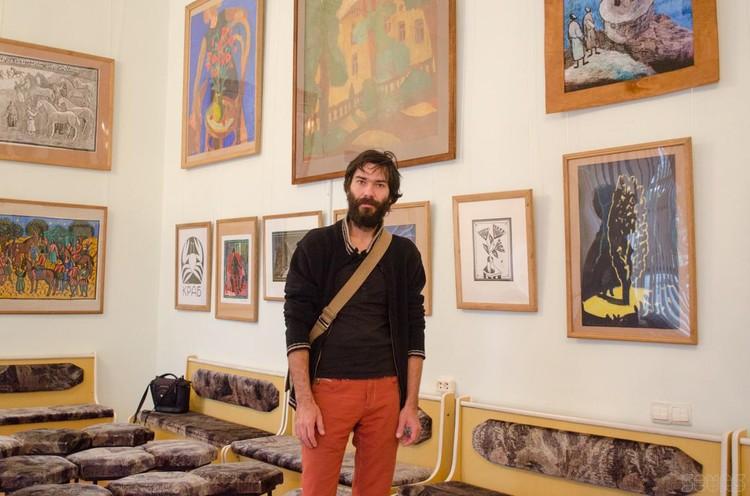 Севастопольских художник Виталий Либа