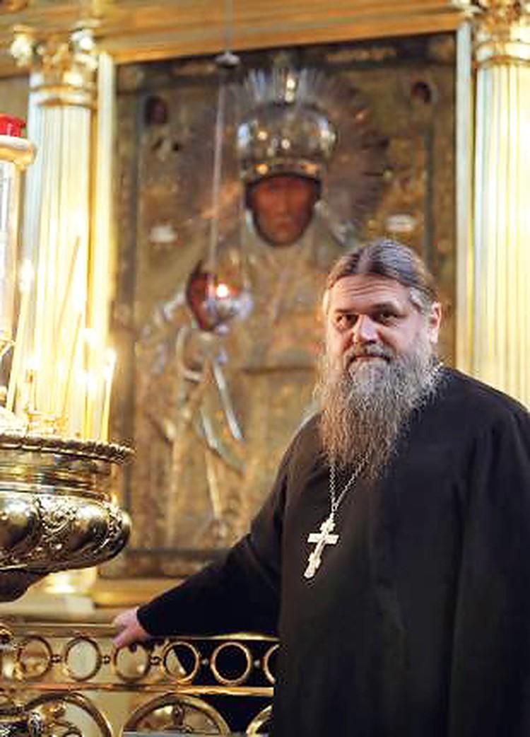 Шумский в церкви. Фото: ruskline.ru