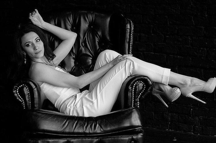 """Юлия Гольдина была яркой певицей, инстаграм-блогером, педагогом и просто """"светлым"""" и талантливым человеком. Фото vk.comjuli___gold"""