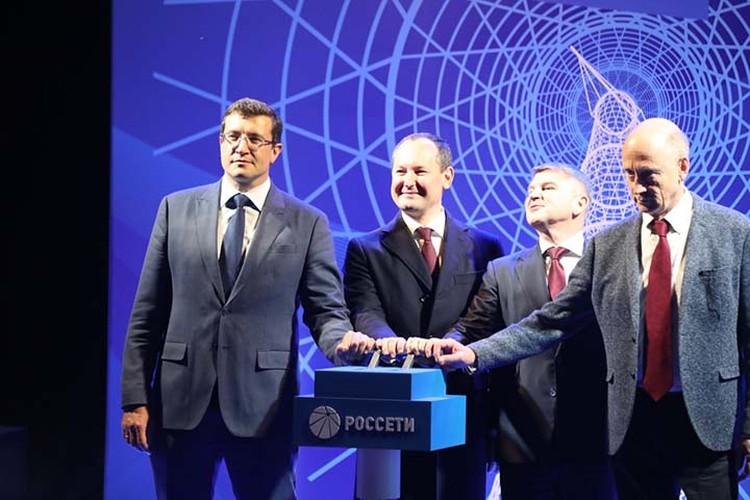 В церемонии открытия принял участие правнук создателя Владимир Шухов. ФОТО: Александр Воложанин