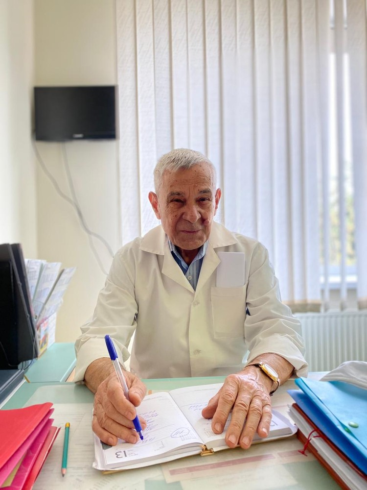 Говорить больному о том, что у того рак Николаю Балыку приходится сложно до сих пор.
