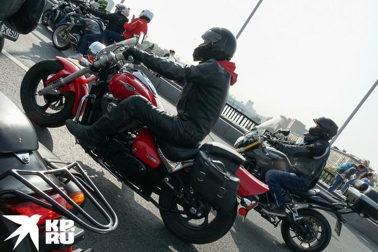 Всего в столице зарегистрировано больше 100 000 мотоциклов. Фото: Михаил ПАНТЕЛЕЕВ
