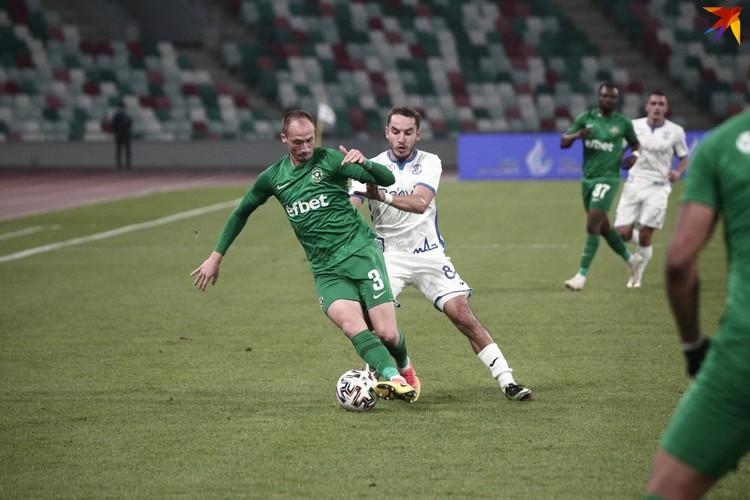 Чемпион Болгарии оказался крепким соперником.