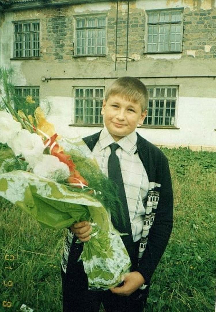Дмитрий учился в школе №27.