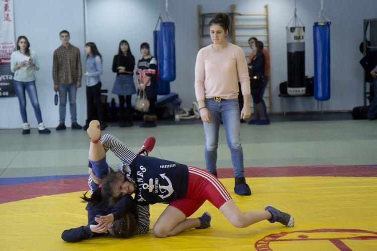 Вольная борьба в Иркутске: Наталья Воробьева дает мастер-класс