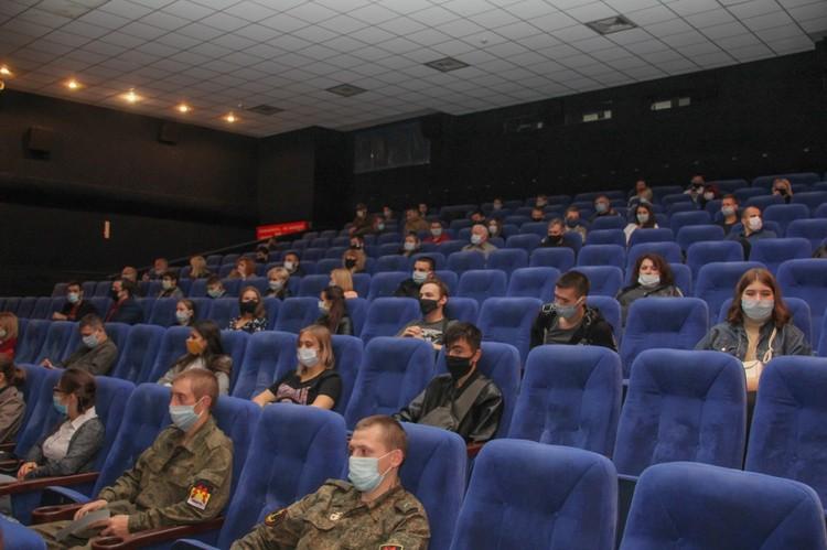 В Донецке презентовали российско-донецкий триллер