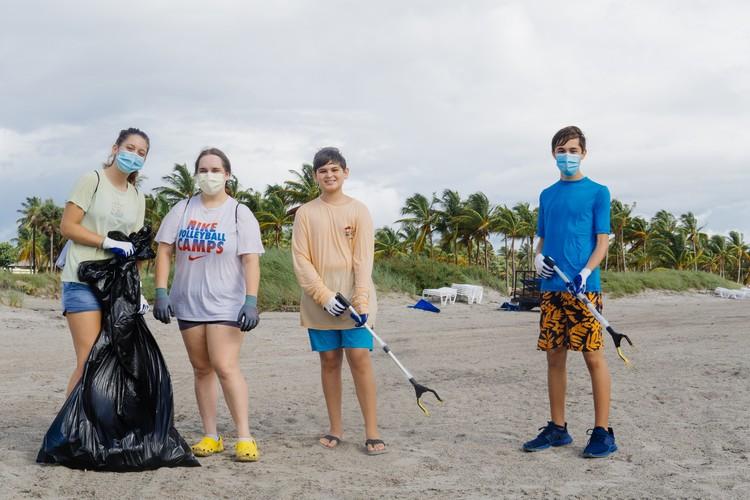 """Команда из Майами Фото: проект """"Чистые Игры"""""""