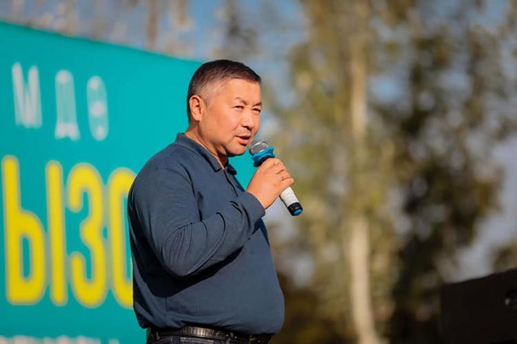 Спикер парламента Канат Исаев отказался от полномочий и.о. президента.