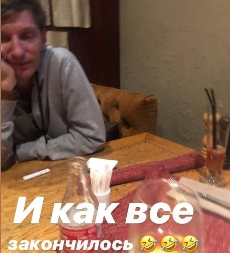 В соцсетях появился снимок Павла Воли, который якобы провел время в компании молодых девушек. Фото: Инстаграм.