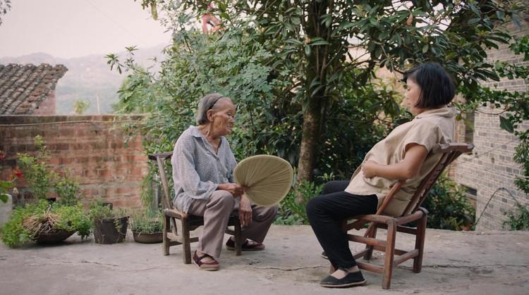 Лучшим фильмом в конкурсе на приз знаменитого китайского режиссера Фей Му, в котором участвуют работы молодых китайских авторов, была названа «Мама»
