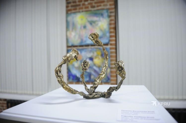 Одна из скульптур, сделанных Евгенией Васильевой.