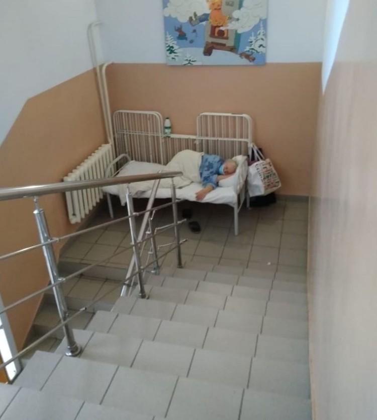 В минздраве отрицать, что больница переполнена не стали. Фото: «Сибкрай»