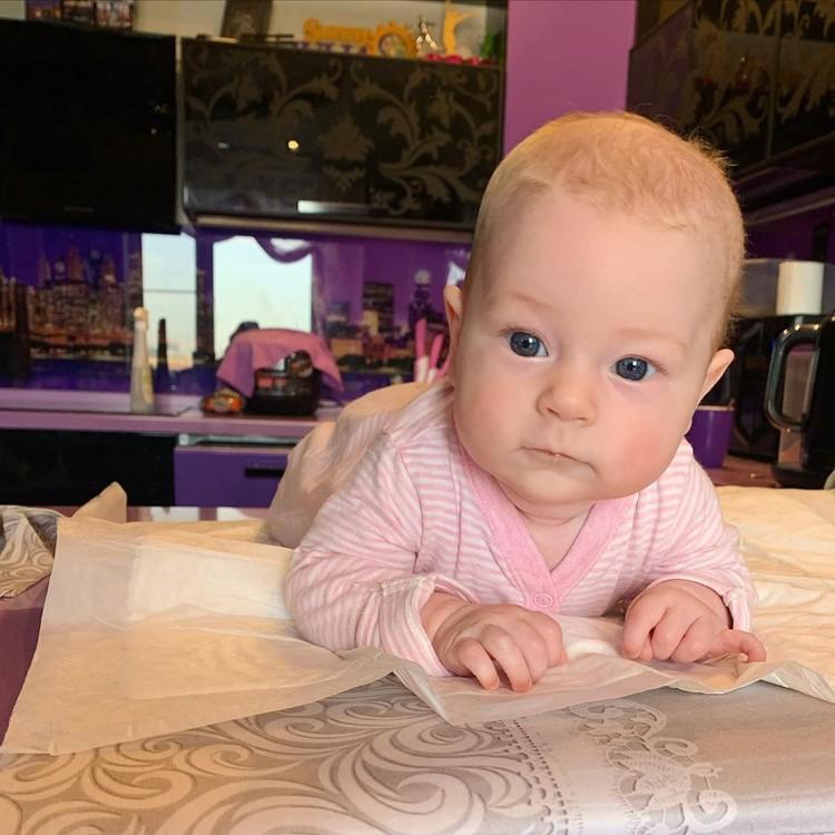 Дочке Юлии Липницкой 4 месяца