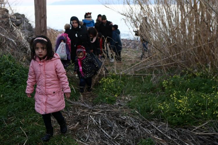 Мигранты из стран Ближнего Востока высадились на греческом острове Лесвос.