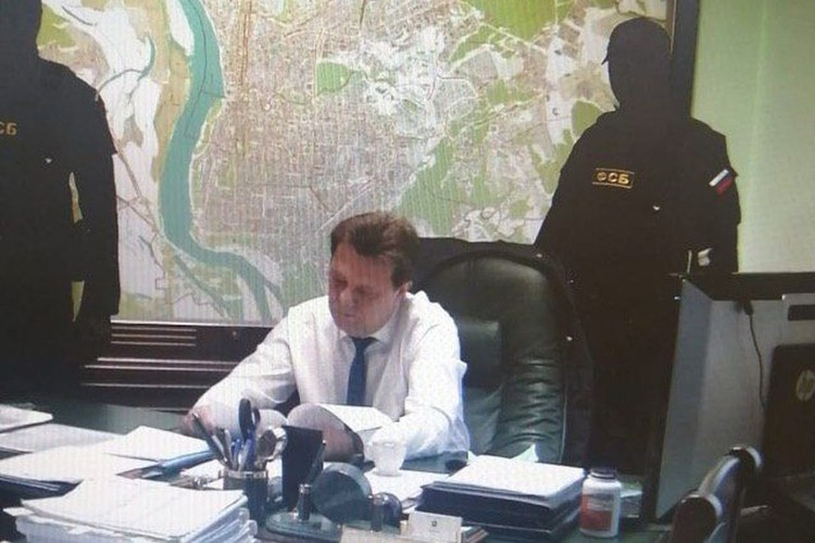 Ивана Кляйна обвиняют в превышении должностных полномочий. В этом же обвиняли его предшественника. Фото: СУ СКР