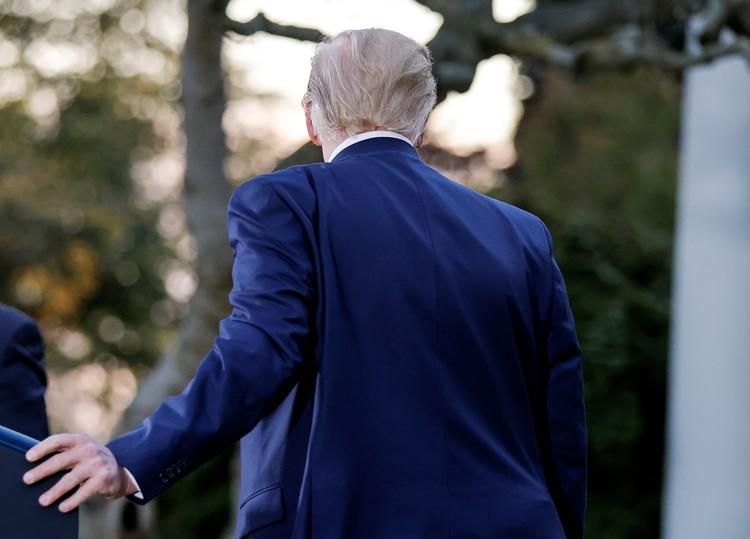 Американцы предположили, что причиной резкого поседения лидера нации вызвано стрессом во время выборов и заявления СМИ о победе Байдена.
