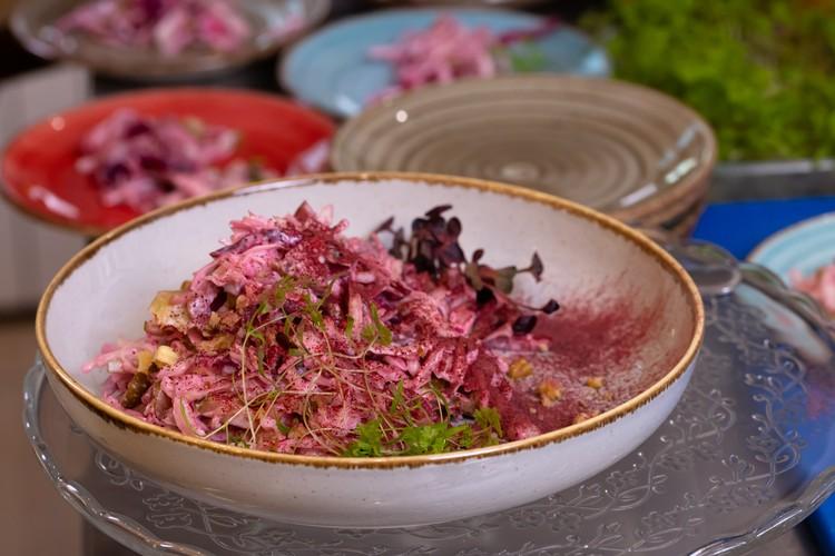 Салат с копченой капустой. Фото: Любовь Тернова