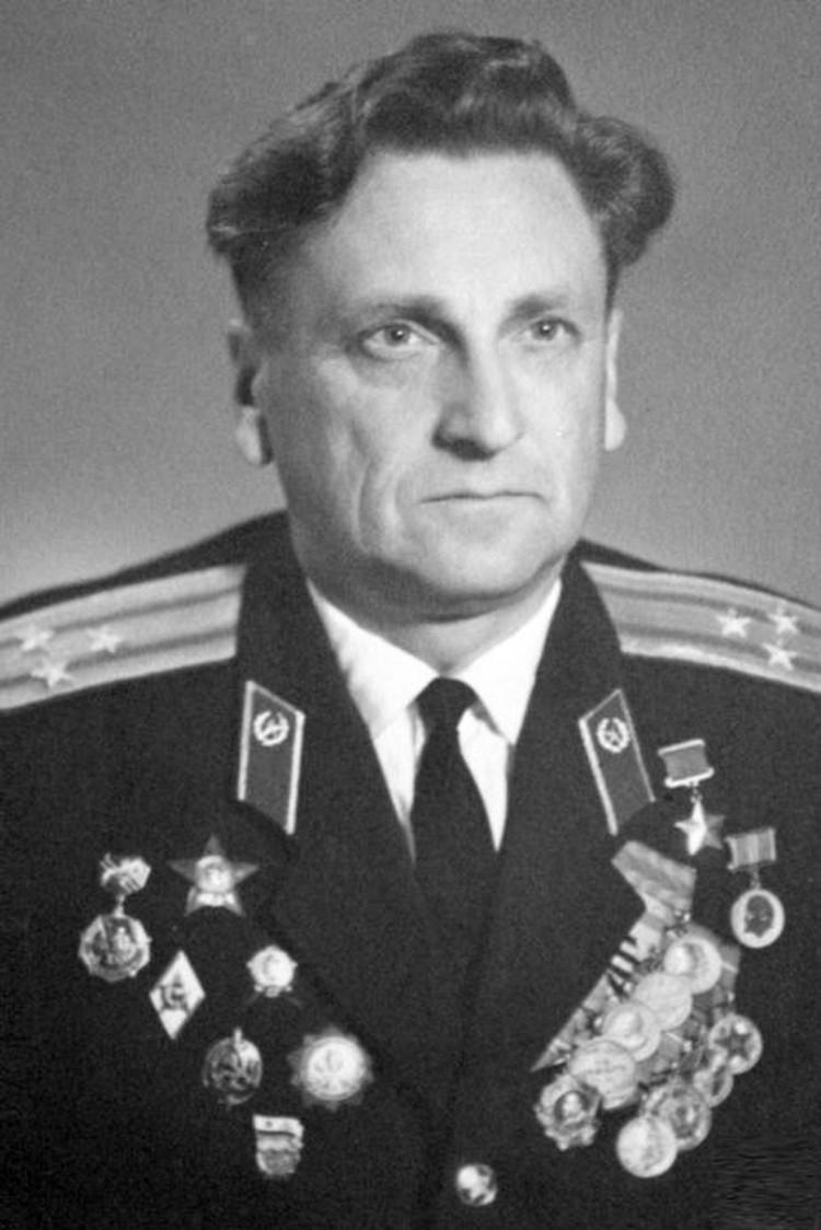 В феврале 1943-го 18-летнего Михаила призвали в действующую армию, а в отставку он вышел только в 1978 году. Фото: Международный патриотический интернет-проект «Герои страны»