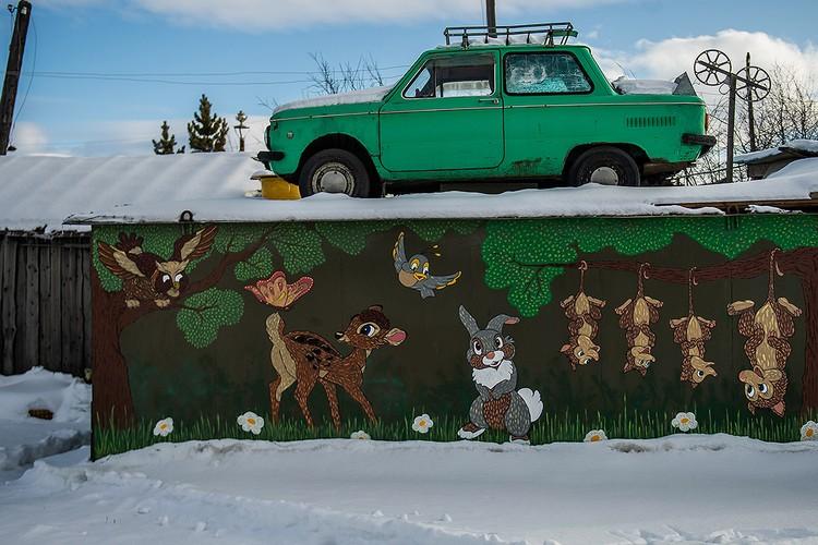 Средняя цена гаража в России - 250 тыс. рублей. Однако есть и города, где гараж стоит как вполне приличная квартира в соседнем регионе.