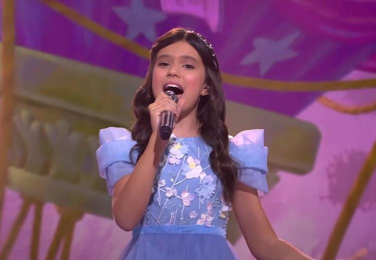 """На конкурсе юная исполнительница представила песню """"Мой новый день"""". Фото: Скриншот видео"""