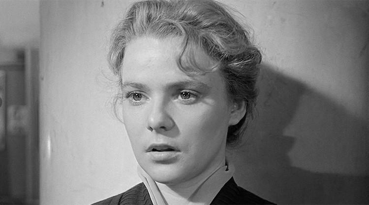 Актриса Нина Иванова.