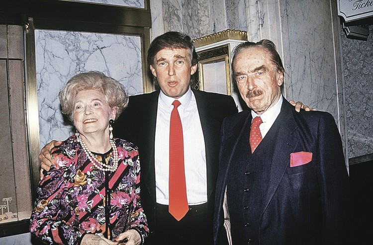 Родители Дональда - Мэри и Фред Трамп.