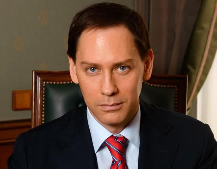 Адвокат певицы Филипп Рябченко.