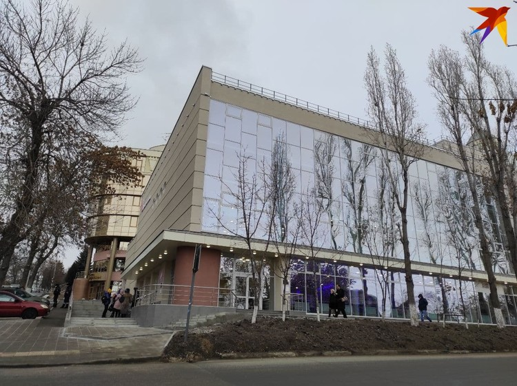 Реконструкция театра стала возможна, благодаря поддержке со стороны Вячеслава Володина