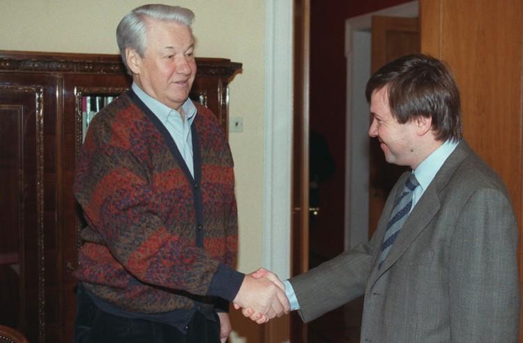 Борис Ельцин и Валентин Юмашев в 1997 году. Фото Александра Чумичева и Александра Сенцова (ИТАР-ТАСС)