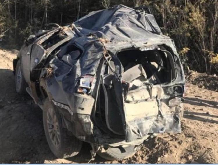 Машина, в которой находился Денис, вылетела с трассы. Фото предоставлено командой проекта «Подвиги обычных людей»