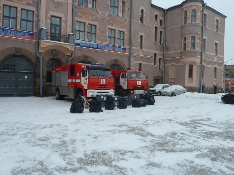 Соьрудники МЧС готовы прийти на помощь жителям в любую минуту. Фото: пресс-служба МЧС по ЛО