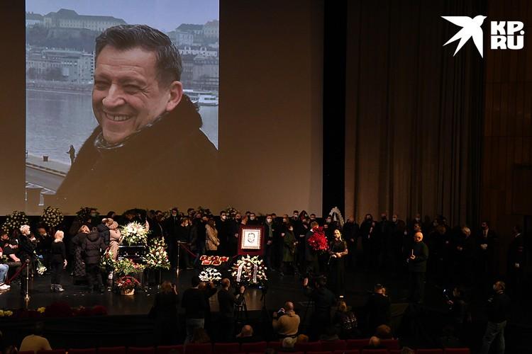 В Москве в Доме кино простились с папой «Ералаша» - руководителем киножурнала Борисом Грачевским.