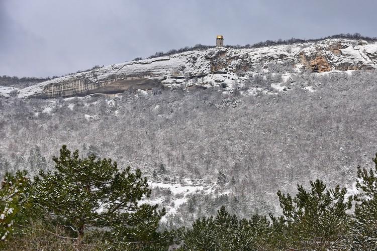 Вид на пещерный монастырь Шулдан