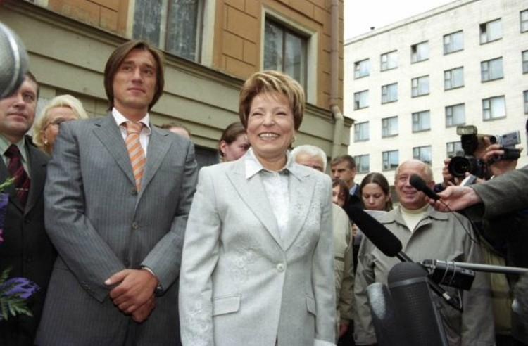 Валентина Матвиенко сказала сыну Сергею: «Надо идти послужить...»