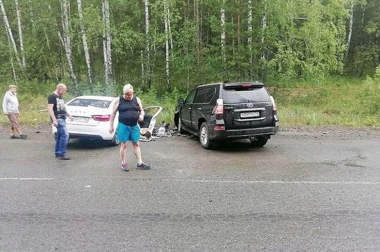 Андрей Косилов на месте аварии. Фото: читатели «КП»