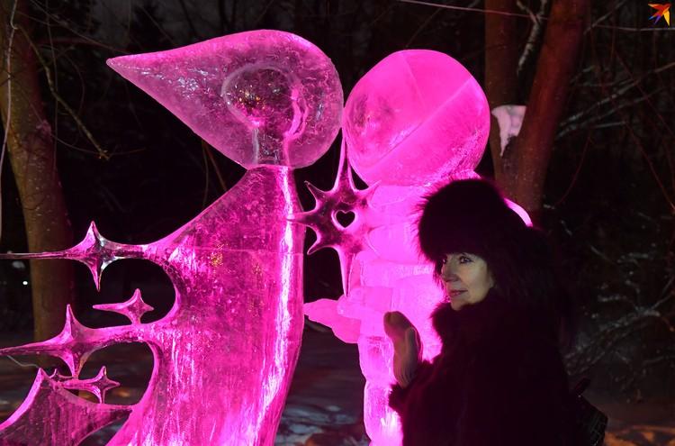 Фестиваль ледяных скульптур - повод заглянуть в Ботанический сад зимой.