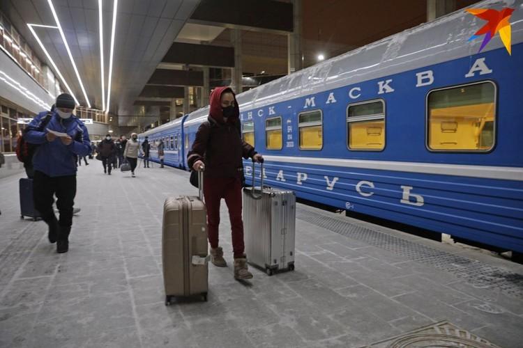 После десятимесячного перерыва 8 февраля 2021 года из Минска в Москву отправился первый поезд.