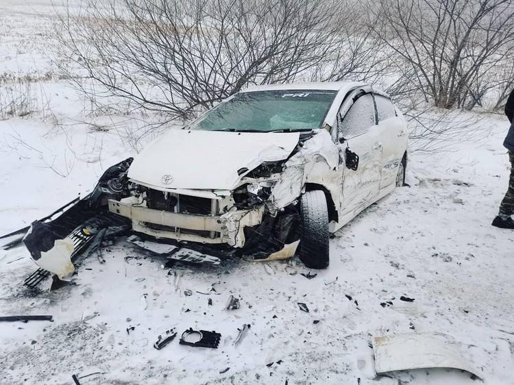 Prius вылетел с дороги. Фото: Instagram/dpscontrol