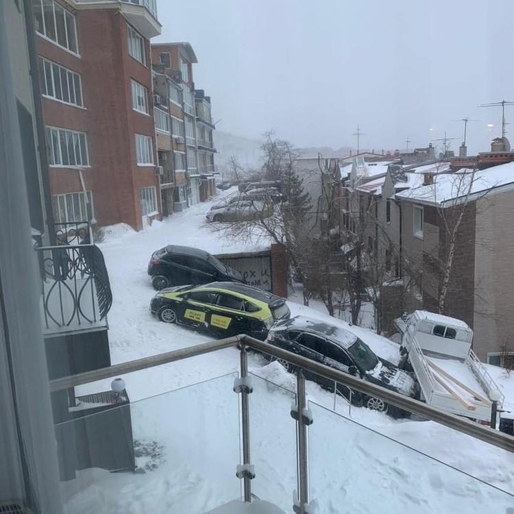 Еще одна ледяная горка города. Фото: Instagram/dpskontrol125rus