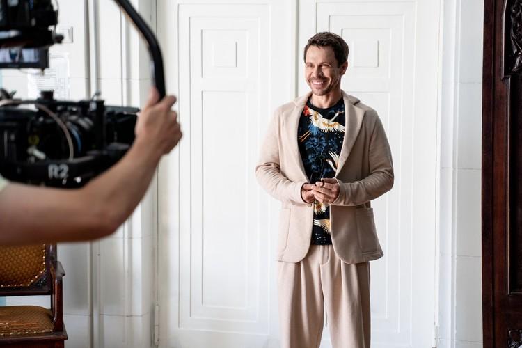 Вот таким красавчиком мы увидим Павла Деревянко в марте в новом сезоне сериала «Дылды». Фото: СТС