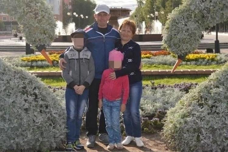 Совсем недавно это была обычная семья. Сейчас троих из них нет в живых, а четвертого задержали по обвинению в убийстве.. Фото: соцсети.