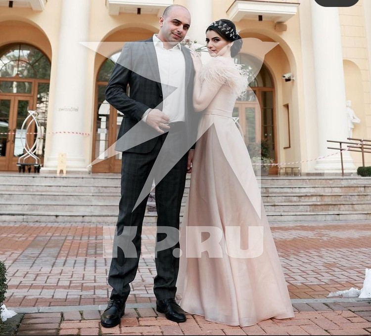 Альберт Агозян три месяца назад женился