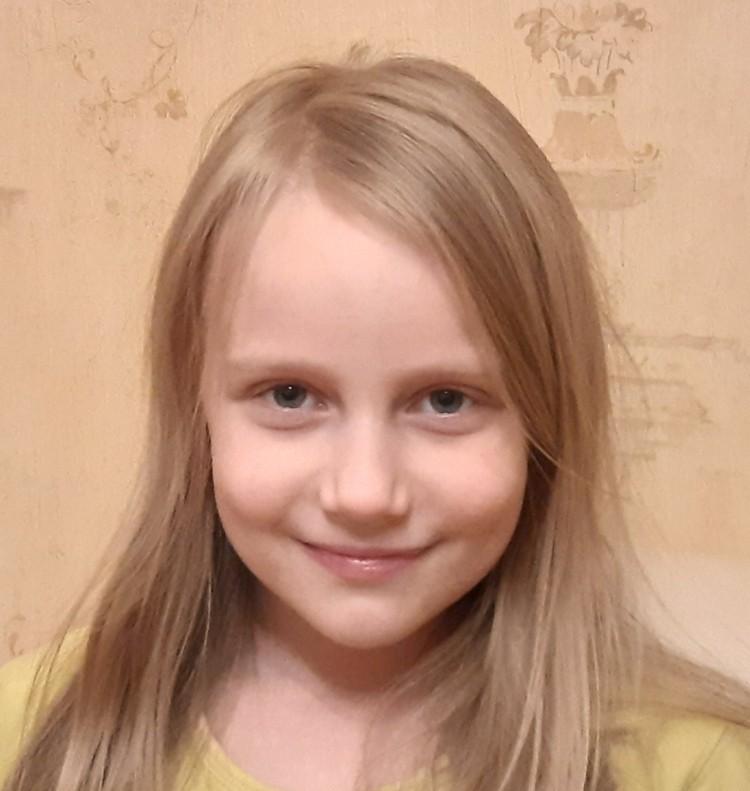 Алиса Теплякова успешно сдала ЕГЭ.