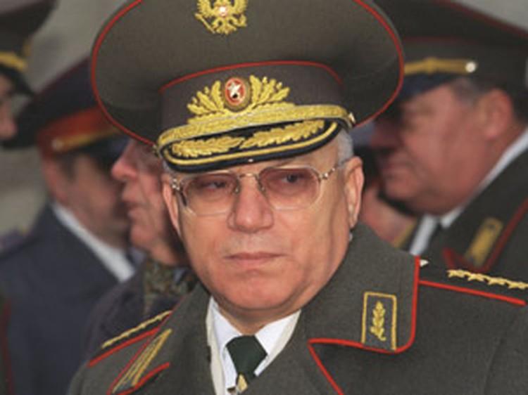 Генерал Анатолий Куликов смог убедить Бориса Ельцина не развязывать братоубийственную войну.
