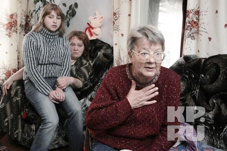 Бабушка убитого мальчика, бывший следователь, считает, что Александр не виновен.