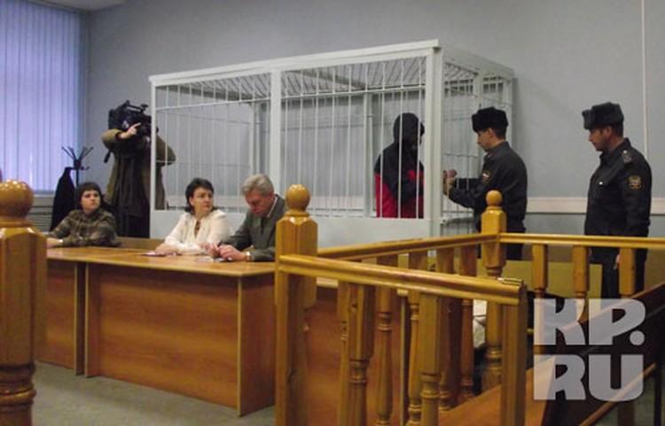 Слушания над Сергеем Кошимбетовым и Еленой Антоновой начались 1 ноября.