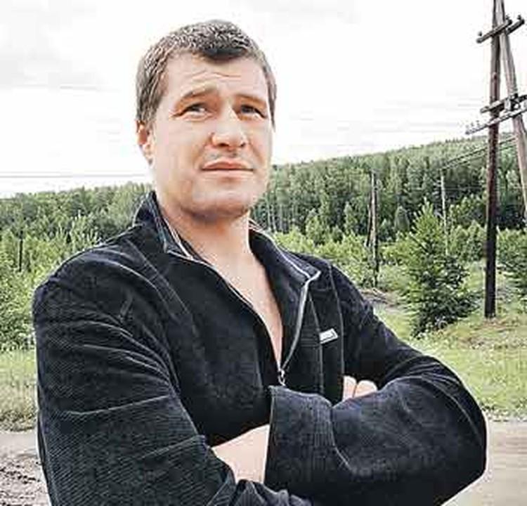 Весь сыр-бор, судя по переговорам, разгорелся из-за «охотника» Сергея Городилова, якобы считавшего себя хозяином деревни.