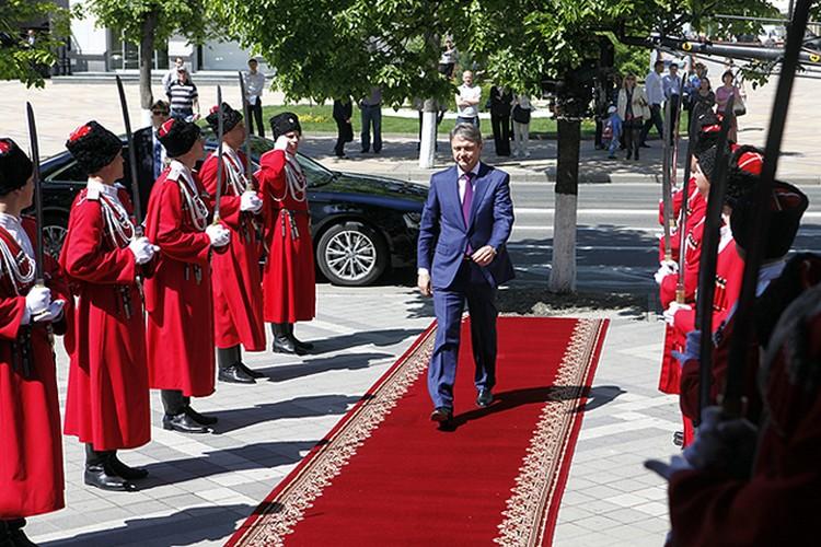 Инаугурация губернатора Александра Ткачева проходила в краснодарском Музыкальном театре